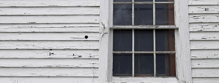Does Your Home's Siding Show These Signs of Wear?